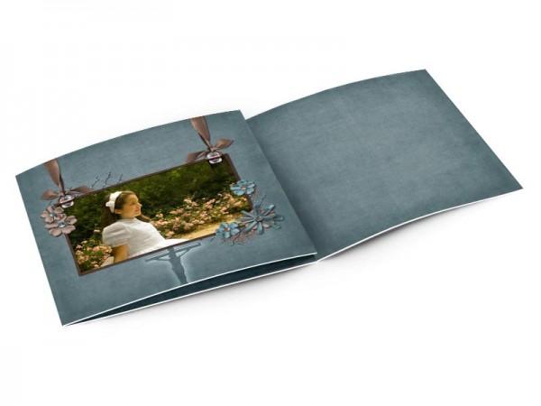 Faire-part communion - Large cadre photo sur fond bleu