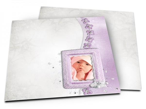Faire-part naissance - Une frise de fleurs violettes