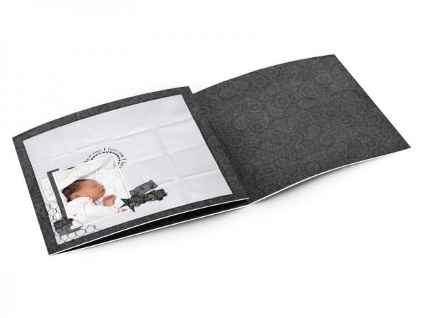 Faire-part naissance - Noir et blanc, effet papier plié