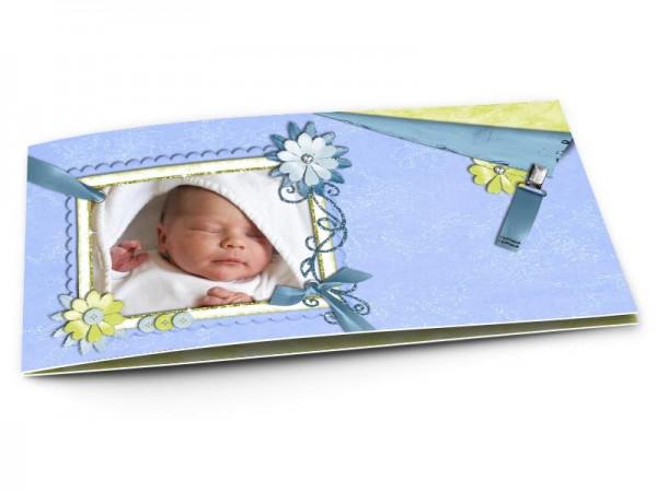 Faire-part naissance - Ruban bleu et fleurs vertes