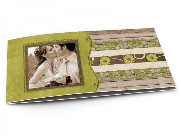 Remerciements mariage - Dentelle verte sur fond bois
