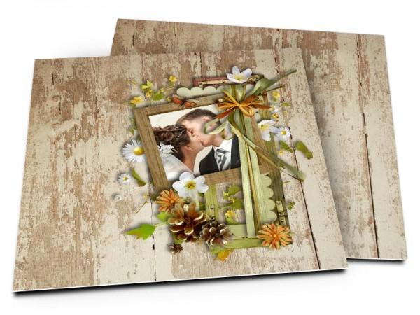 Remerciements mariage - Fleurs printanières déposées sur bois vieilli